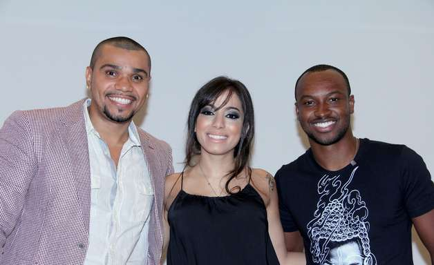 Anitta, Naldo e Thiaguinho vão a coletiva de novo programa musical da Globo