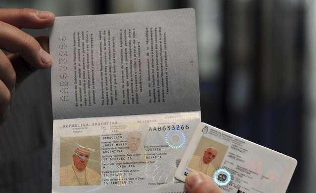 Papa Francisco renova passaporte como cidadão argentino