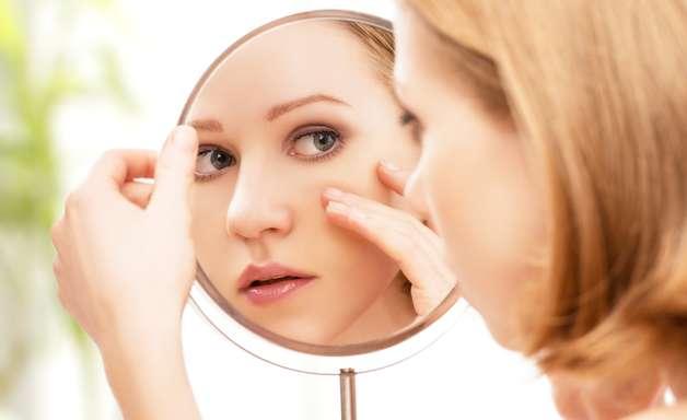 Máscara facial de gelatina põe fim aos indesejáveis cravos