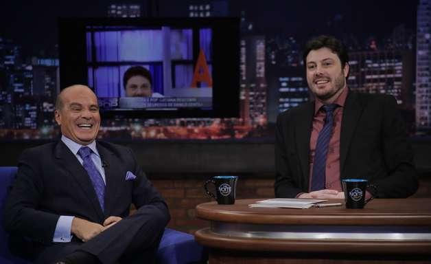 No SBT, Danilo Gentili entrevista dono da Rede TV!