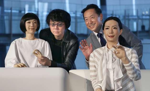 Robôs japoneses imitam até músculos de seres humanos