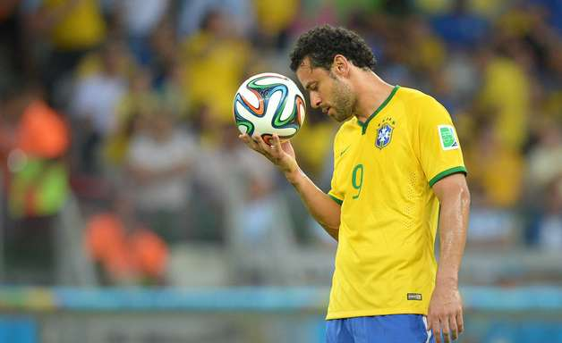 Sumido, Fred completou menos passes que 14 goleiros na Copa