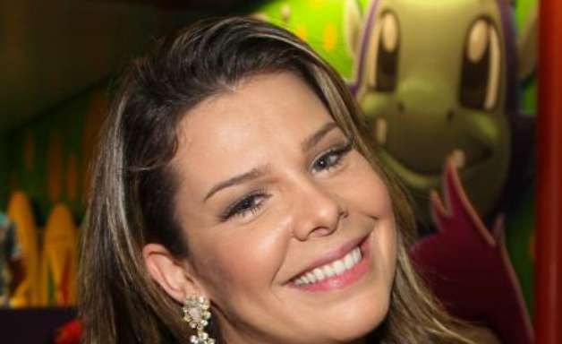 Jornal: Fernanda Souza substituirá Miá Mello no 'The Voice'