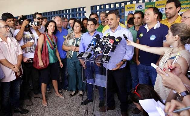 Aécio Neves faz ato de campanha no Pelourinho, em Salvador