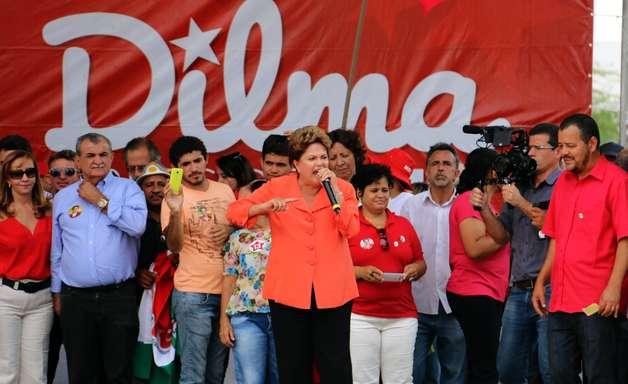 PE: Dilma ataca tucanos e promete parceria com novo governo