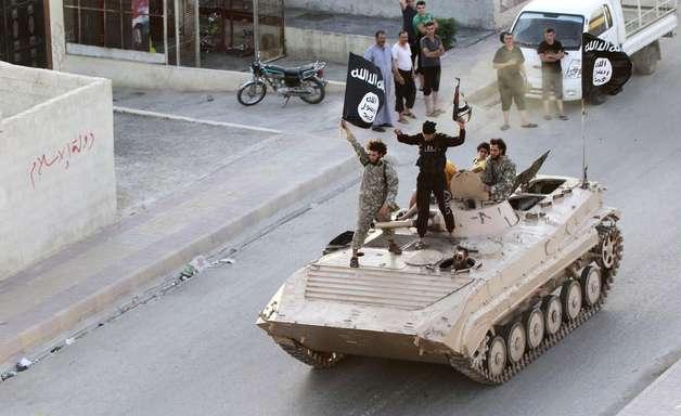 Síria: Estado Islâmico decapita mágico por entreter pessoas