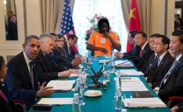 Na lua, com Obama e Ali: Gervinho vira meme na Copa Africana