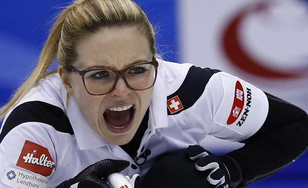 Suíça desbanca Canadá e vence Mundial Feminino de Curling