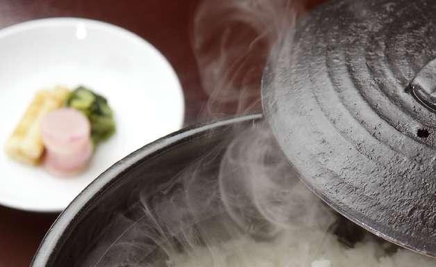 Cientistas descobrem como reduzir 50% das calorias do arroz
