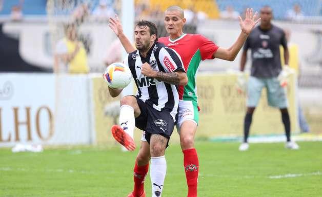 Atlético-MG perde em Varginha e pega Cruzeiro na semi