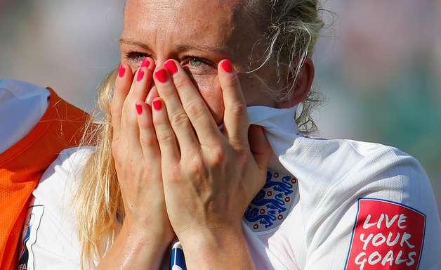 Lágrimas em semi do Mundial feminino emocionam Inglaterra