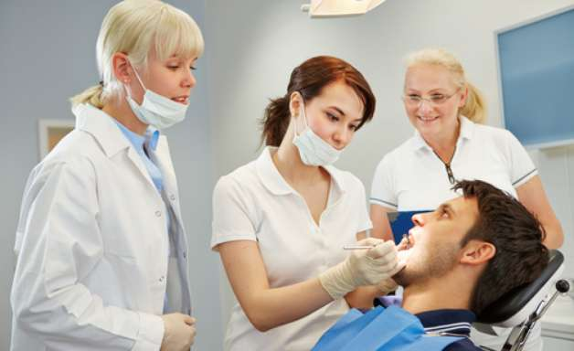 Parceria: dentista e dermato podem ajudar a tratar o Lúpus