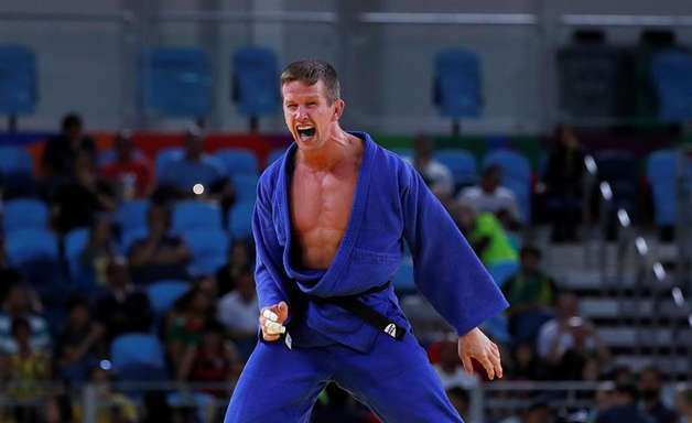 Judoca bronze nas Olimpíadas é agredido em Copacabana