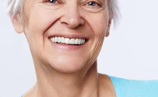 Veja quais alimentos ajudam na longevidade da pele do rosto