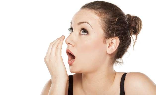 Terapia fotodinâmica pode ser útil no combate ao mau hálito