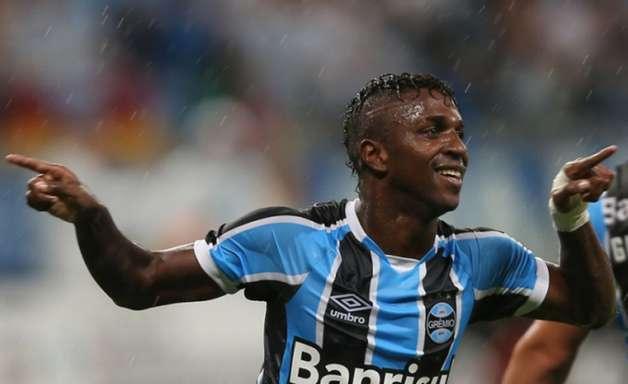 Grêmio pode perder Bolaños para México em troca com Guerrón