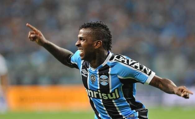 Bolaños é convocado pelo Equador e desfalcará o Grêmio