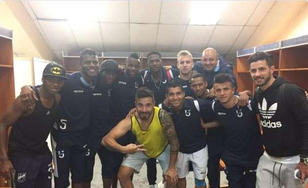 """Clube anuncia saída de Arboleda ao São Paulo: """"craque"""""""