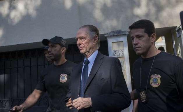 Após 22 anos no poder, Nuzman renuncia à presidência do COB