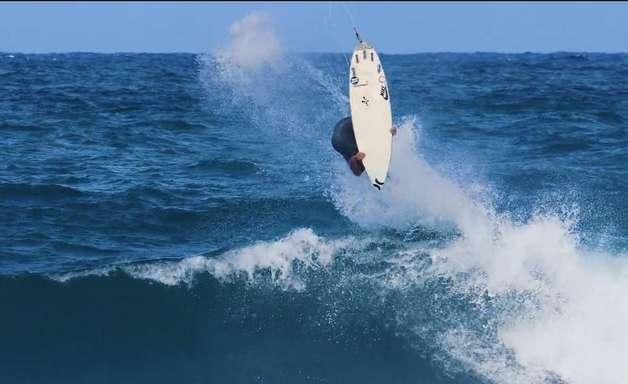 Backflip em Oahu
