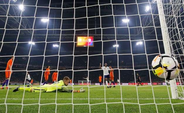Inglaterra bate Holanda e quebra tabu de mais de 20 anos