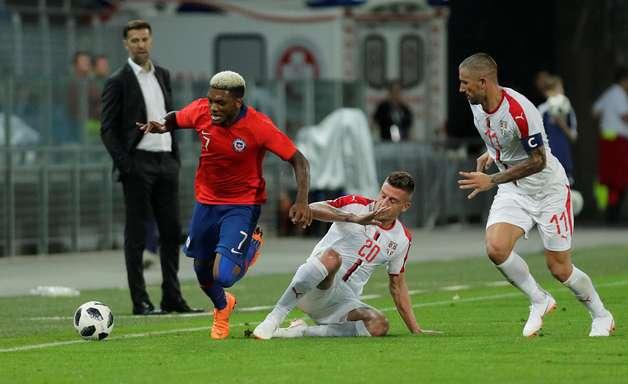 Rival do Brasil na Copa, Sérvia é derrotada pelo Chile