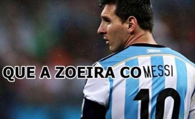 """Web não perdoa tropeço da Argentina; Messi vira """"pipoqueiro"""""""