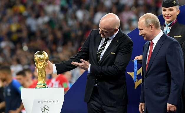 Copa 'moderna e organizada' favoreceu imagem da Rússia