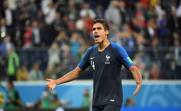 Varane: 'Se um francês ganhar a Bola de Ouro está tudo bem'