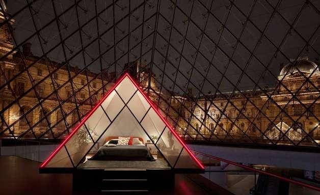 Louvre e Airbnb oferecerão noite no museu com Mona Lisa
