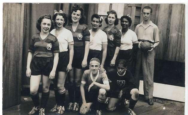 Museu recupera histórias não contadas do futebol feminino