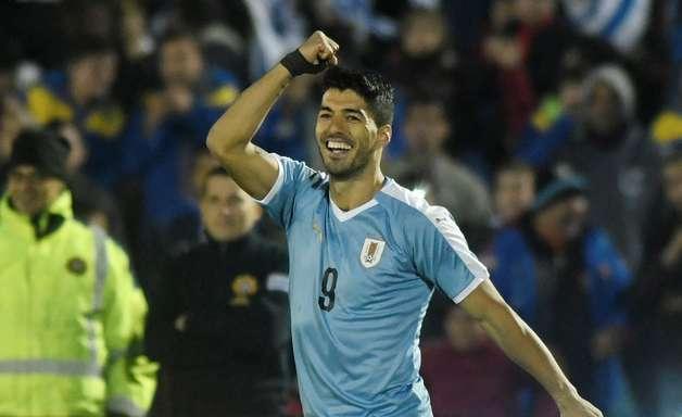 Uruguai joga bem e vence Panamá com gol de Suárez