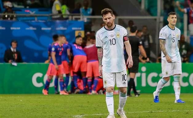 "Colômbia anula Messi, faz dois e dá ""olé"" na Argentina"
