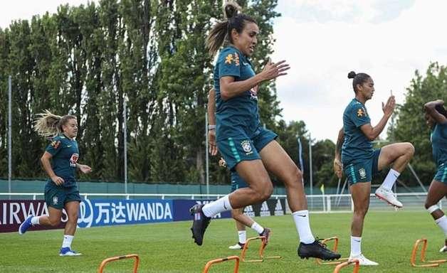 Brasil joga por classificação às oitavas da Copa Feminina