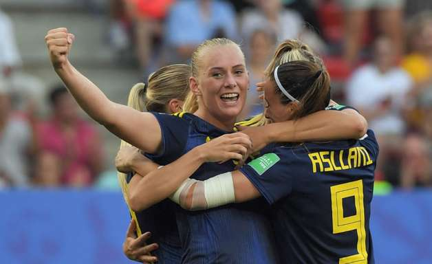 Suécia vira contra a Alemanha e está na semifinal