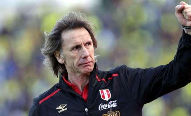 """Gareca prega cautela contra o Chile: """"Ter concentração"""""""
