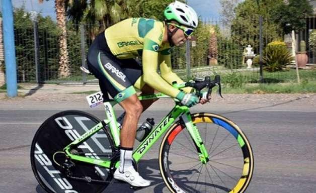 Magno Nazaret é prata no ciclismo contrarrelógio em Lima
