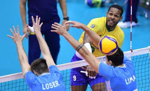 Brasil derrota Argentina e segue invicto na Copa do Mundo