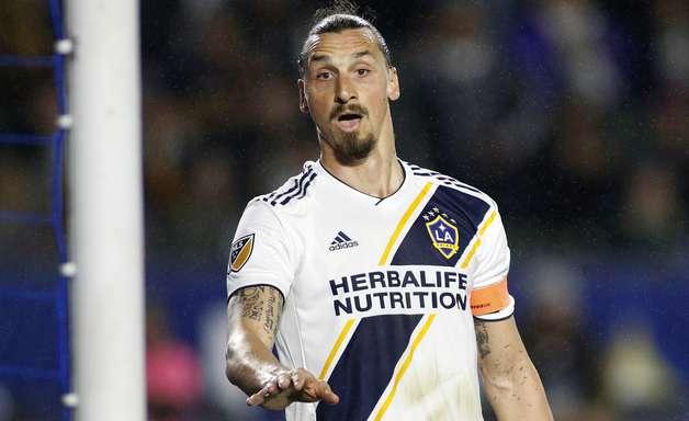 Alarme falso: Ibrahimovic não vai para La Liga - por enquanto
