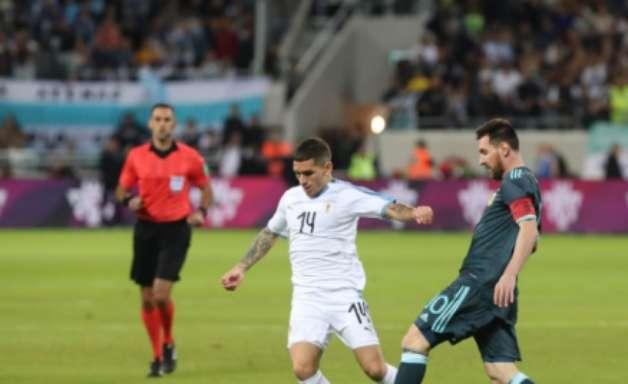 Uruguai e Argentina empatam em amistoso no Oriente Médio