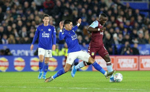 Leicester fica só no empate com o Aston Villa na semifinal da Copa da Liga Inglesa