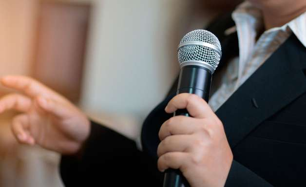 Lidando com o medo do julgamento alheio nas suas apresentações