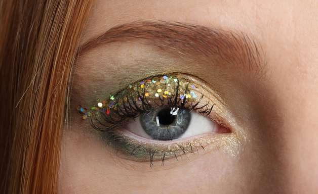 10 dicas para se maquiar sem afetar a saúde ocular