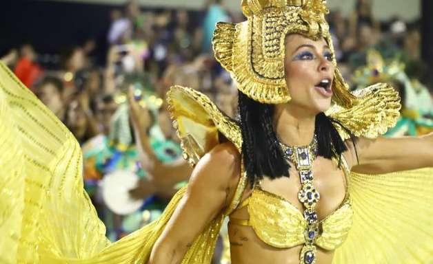 Puro luxo! Paolla Oliveira vira Cleópatra da Grande Rio