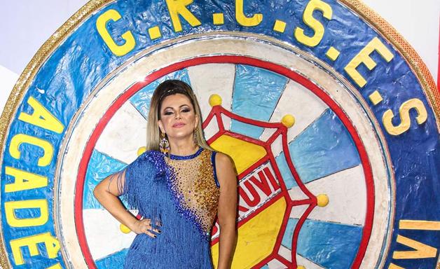 Ex-panicat, Tânia Oliveira comemora acesso da Tucuruvi