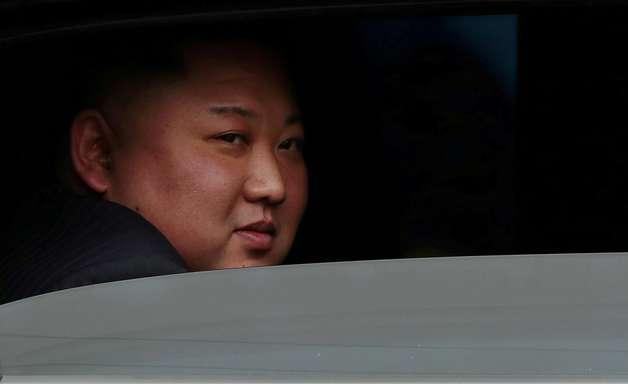 Coreia do Sul nega que Kim Jong-un passou por cirurgia