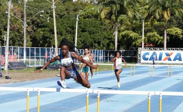 Aos 18 anos, Jéssica Moreira está perto do índice para Olimpíadas
