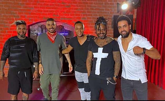 Os Travessos troca vocalista e anuncia turnê com Rodriguinho