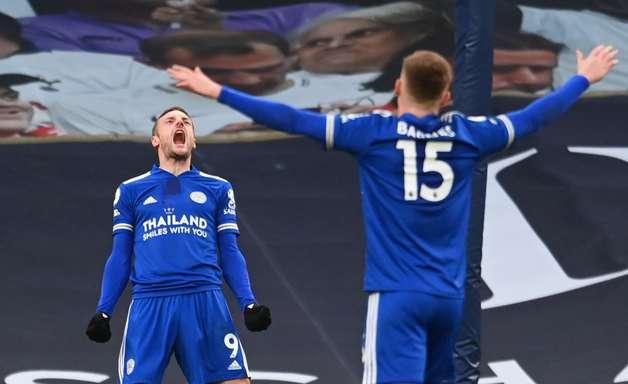 Tottenham perde 2ª seguida e Leicester assume vice-liderança