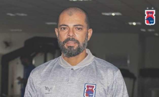Márcio Coelho é oficializado como novo técnico do Paraná